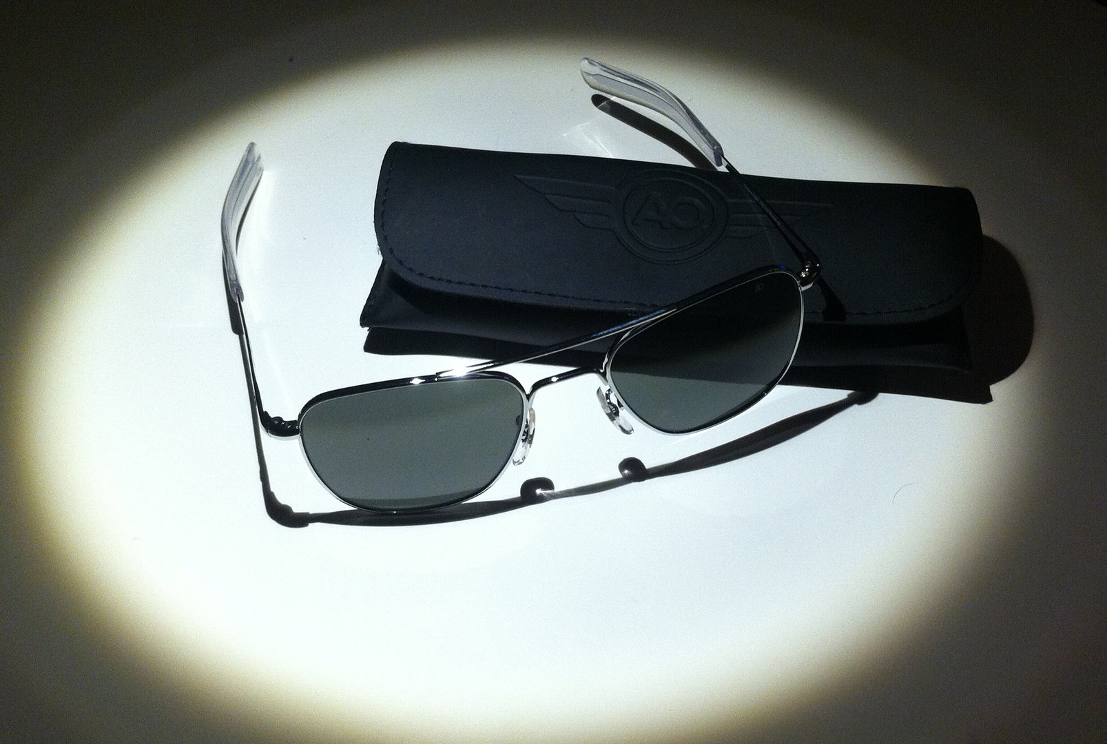 AMERICAN OPTICAL SUNGLASSES SILVER TYPE - DELIVERY FREE TO SPAIN